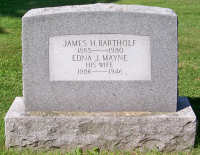 James & Edna's tombstone