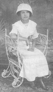 A young Eda Lach