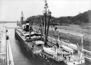 SS Ancon passing through the canal